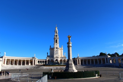 Santuario de Fatima. The Monument to the Sacred Heart of Jesus built in 1932 stands in the center of the square, over a spring found there, its waters being the instrument of many graces.